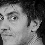 """""""Beats & Stories"""" spielt am 21. November zum ersten Mal im Literaturhaus auf. Sylvain Prudhomme, Les Grands. Zweisprachige Lesung."""