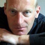 """Autorenporträt Joachim Zelter: Er schreibt auf dem Rennrad, wartete lange auf seine erste größere Veröffentlichung und meint: Ein guter Text will nicht unbedingt """"gut"""" sein."""