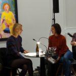 """Zwei Stationen Literaturgespräch: Barbara Zemans Roman """"Immerjahn"""" erzählte verspielt von erfundenen und nichterfundenen Menschen.Die """"Grand Tour"""" mit drei Autor*innen aus Großbritannien gab einen beeindruckenden Einblick in die junge Lyrik Europas."""