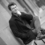 """Autorenporträt: Jakob Leiner sucht in Texten die Ebene der Unbändigkeit und schreibt Lyrik auch """"to go""""."""