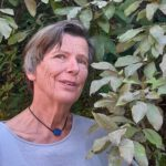 Autorenporträt: Heide Jahnke. Erst mit sechzig begann sie mit dem literarischen Schreiben. Seitdem sind sieben Bände mit Lyrik und Prosa von ihr erschienen.